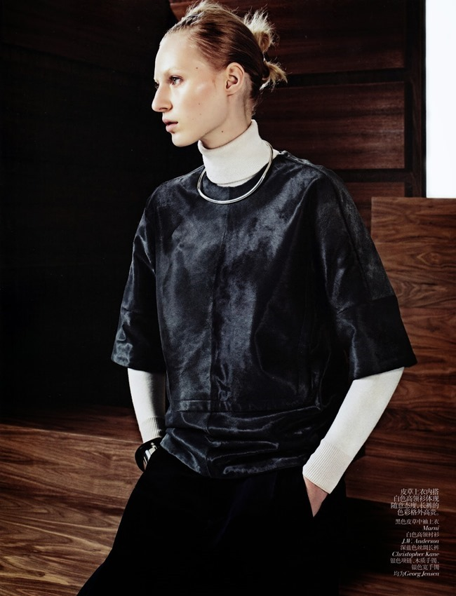 VOGUE CHINA- Julia Nobis in Simple Sporty Furs by Sharif Hamza. Tina Laakkonen, November 2013, www.imageamplified.com, Image Amplified (4)