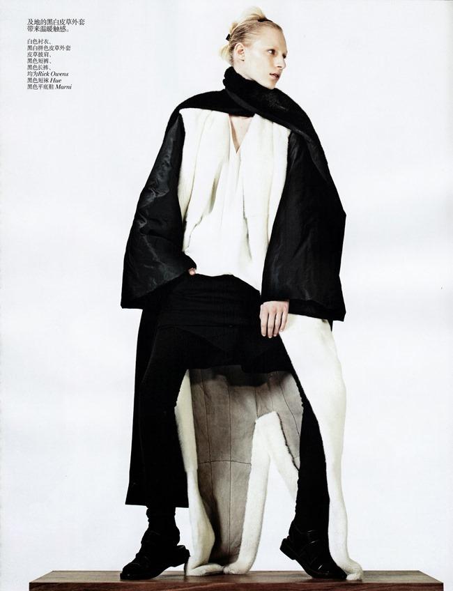 VOGUE CHINA- Julia Nobis in Simple Sporty Furs by Sharif Hamza. Tina Laakkonen, November 2013, www.imageamplified.com, Image Amplified (6)