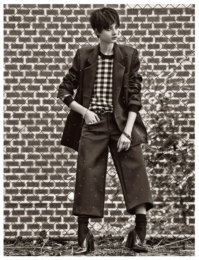 VOGUE GERMANY- Anna Selezneva in Cherchez L'Homme by Giampaolo Sgura. Claudia Englmann, November 2013, www.imageamplified.com, Image Amplified (10)