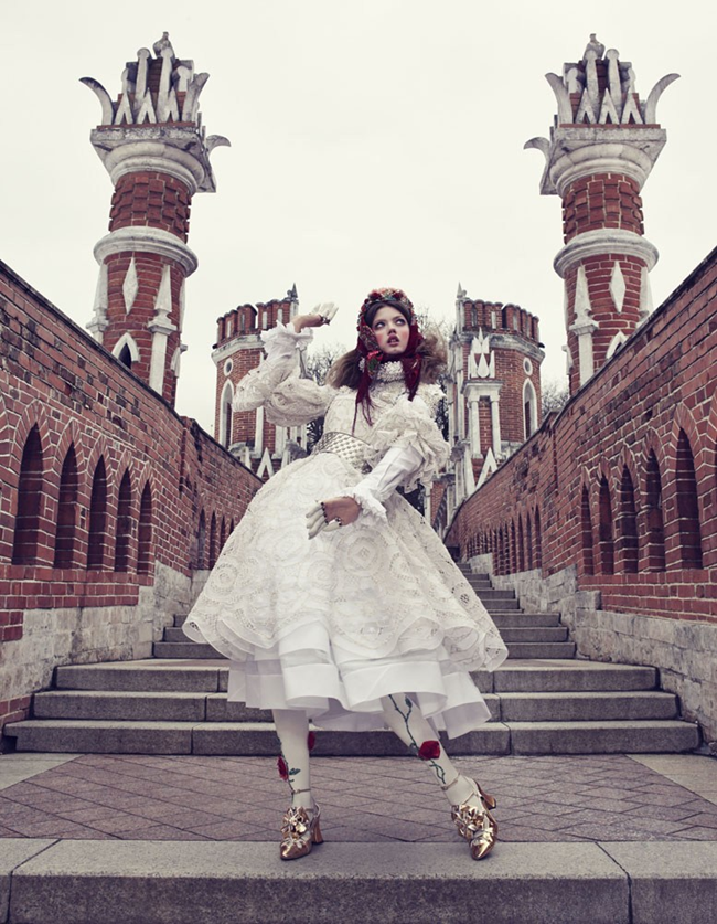 VOGUE JAPAN- LIndsey Wixson in The Anastasia of Winter by Emma Summerton. Giovanna Battaglia, December 2013, www.imageamplified.com, Image amplified (2)