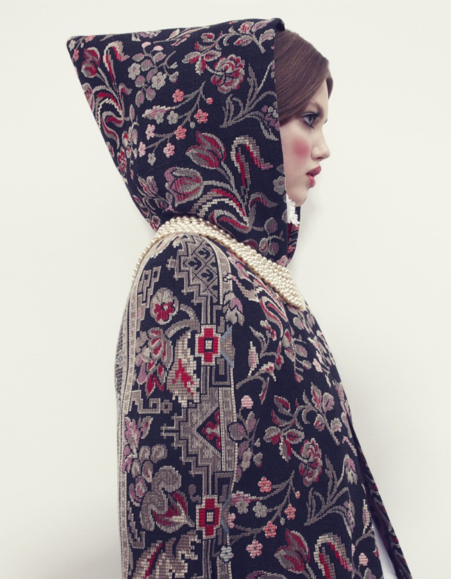 VOGUE JAPAN- LIndsey Wixson in The Anastasia of Winter by Emma Summerton. Giovanna Battaglia, December 2013, www.imageamplified.com, Image amplified (3)