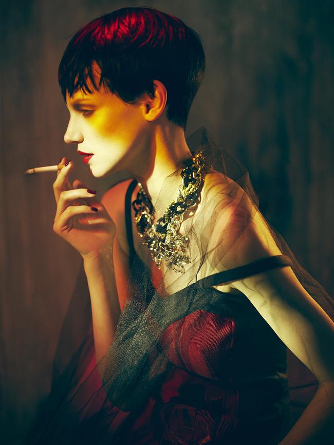 MADAME GERMANY- Jessica Pitti in Neo Romantik by Stefan Milev. Hanni Pontani, November 2013, www.imageamplified.com, Image Amplified (8)