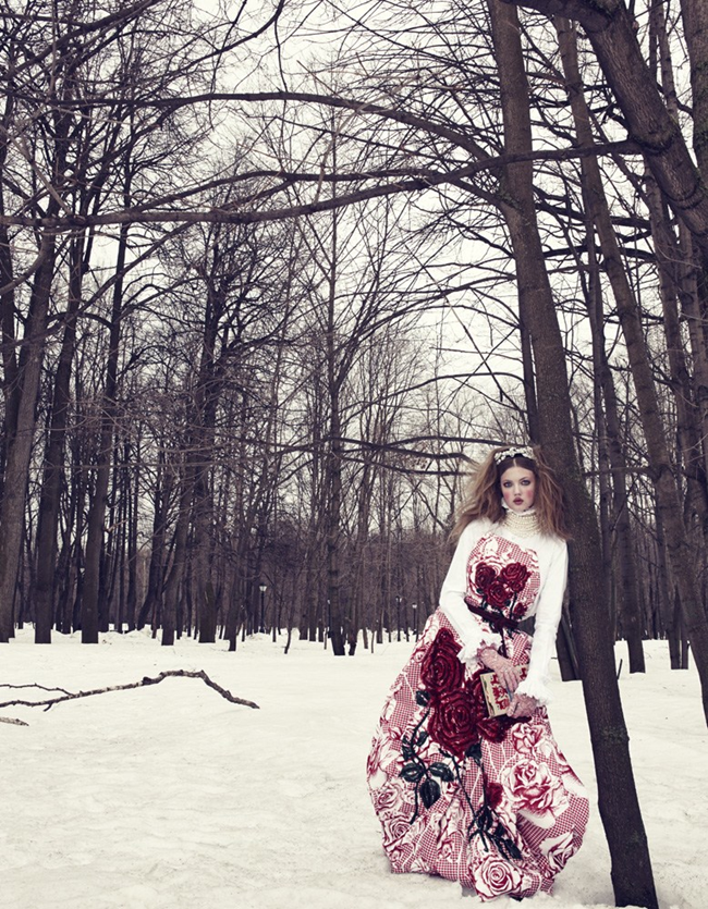 VOGUE JAPAN- LIndsey Wixson in The Anastasia of Winter by Emma Summerton. Giovanna Battaglia, December 2013, www.imageamplified.com, Image amplified (1)
