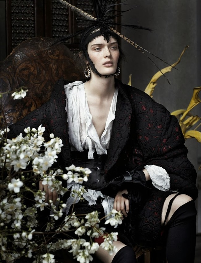 VOGUE UK- Anna Ewers, Ashleigh Good & Sam Rollinson in Still Life by Josh Olins. Lucinda Chambers, December 2013, www.imageamplified.com, Image Amplified (3)