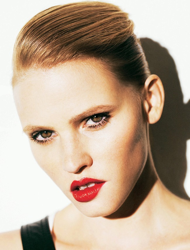 MADAME FIGARO FRANCE- Lara Stone by Nico Bustos. Cecile Martin, October 2013, www.imageamplified.com, Image Amplified (5)