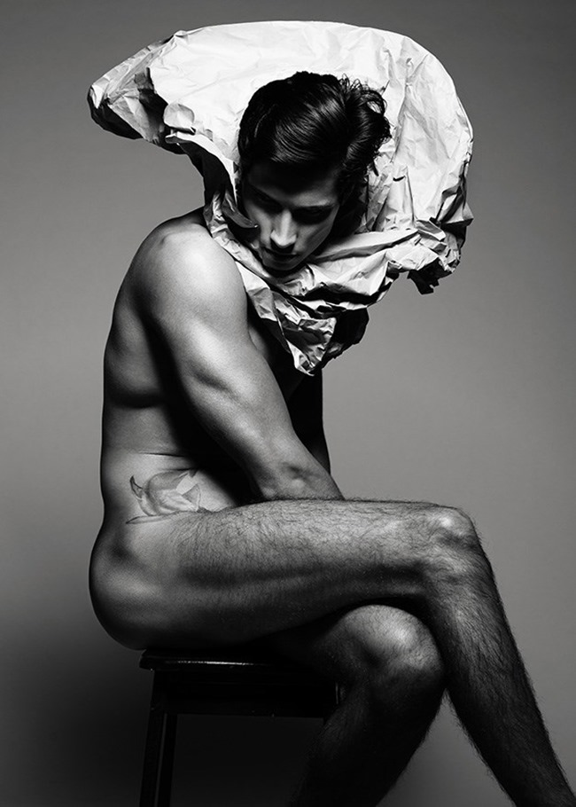 MASCULINE DOSAGE- Giuliano Meneghin in Paper Boy by Wong Sim. www.imageamplified.com, Image amplified (2)