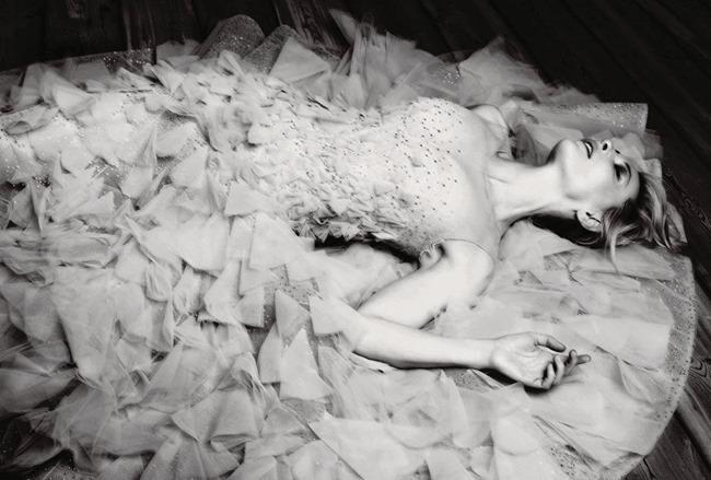 HARPER'S BAZAAR UK- Cate Blanchett by Ben Hassett. Miranda Almond, December 2013, www.imageamplified.com, Image Amplified (1)