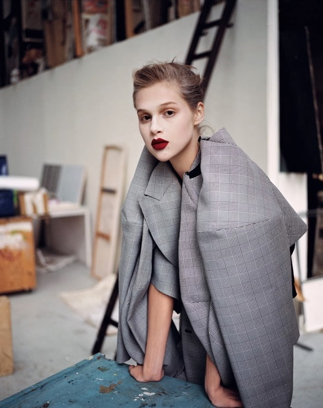 M LE MONDE- Anais Pouliot by Max Farago. November 2013, www.imageamplified.com, Image Amplified (4)