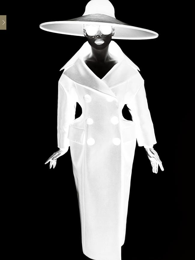 VOGUE CHINA- Shu Qi by Mario Testino. Anastasia Barbieri, December 2013, www.imageamplified.com, Image Amplified (11)