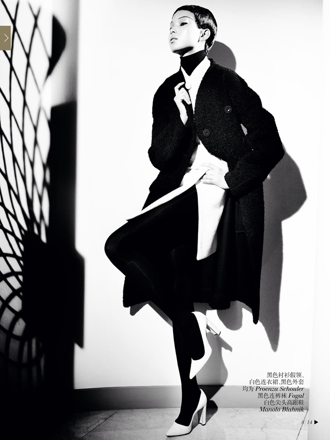 VOGUE CHINA- Xiao Wen Ju & Christopher Goh in The Winter Queen by Mario Testino. Sarajane Hoare, December 2013, www.imageamplified.com, Image Amplified (6)