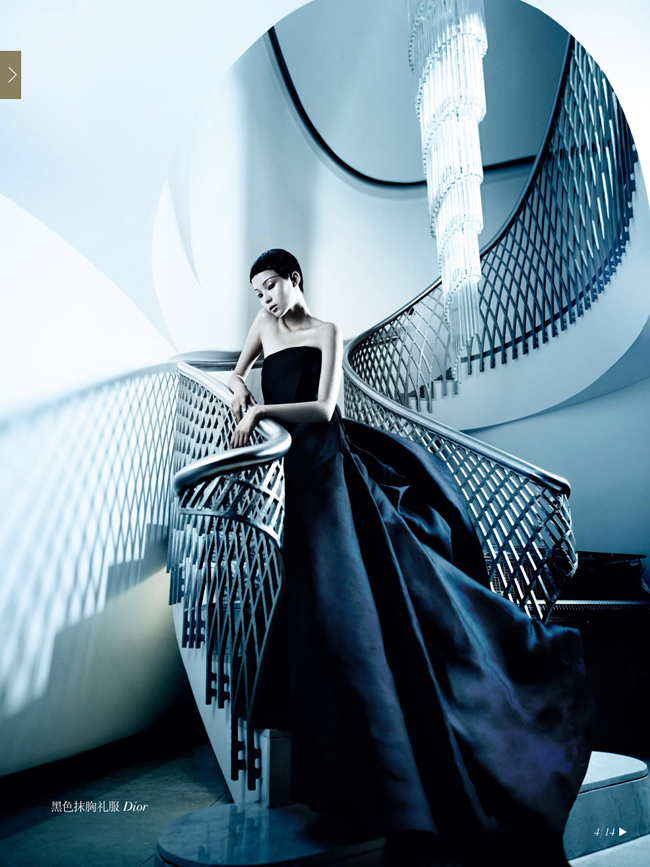 VOGUE CHINA- Xiao Wen Ju & Christopher Goh in The Winter Queen by Mario Testino. Sarajane Hoare, December 2013, www.imageamplified.com, Image Amplified (2)