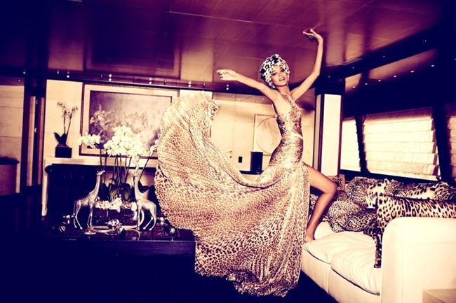 THE SUNDAY TIMES STYLE- Liya Kebede in Let There Be Luxe by Ellen von Unwerth. November 2013, www.imageamplified.com, Image Amplified (2)