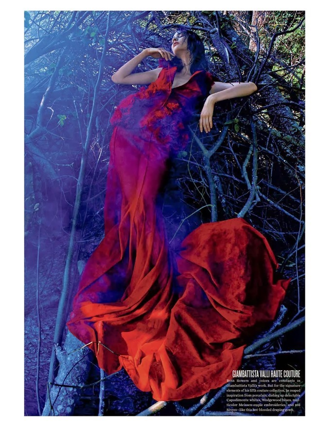 V MAGAZINE- Manon Leloup in The Nature of Couture by Kacper Kasprzyk. Tom Van Dorpe, Fall 2013, www.imageamplified.com, Image Amplified (1)