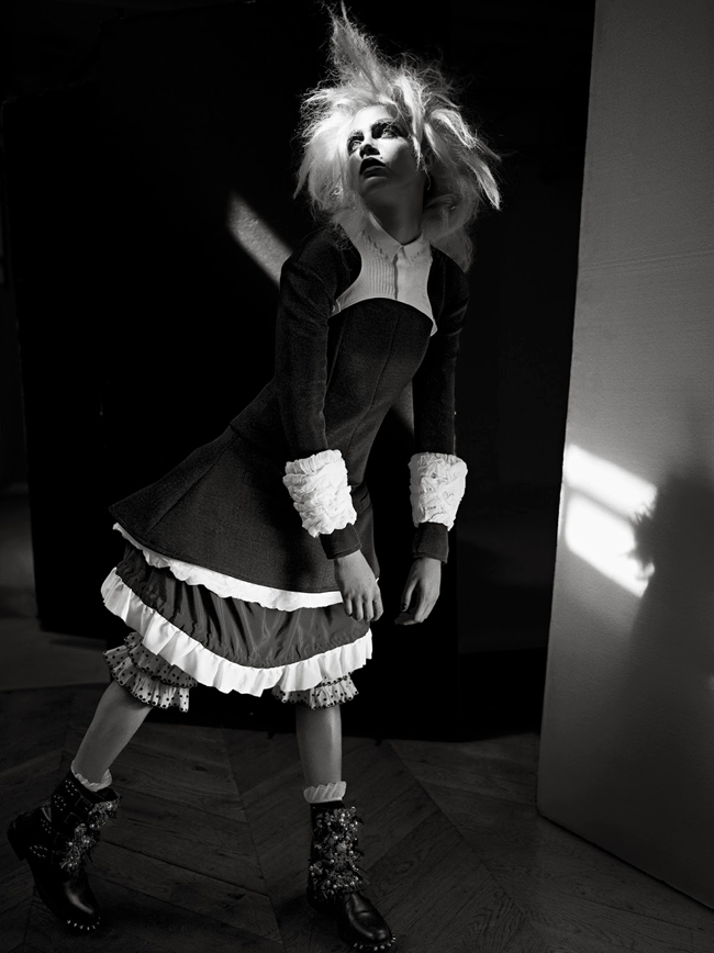 I-D MAGAZINE- Cara Delevigne in Turn The Lights Off & Let's Play by Richard Bush. Sarah Richardson, Fall 2013, www.imageamplified.com, Image Amplified (2)