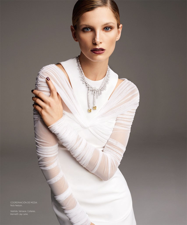 HARPER'S BAZAAR MEXICO- Ava Smith by Blossom Berkofsky. Nick Nelson, December 2013, www.imageamplified.com, image Amplified (4)