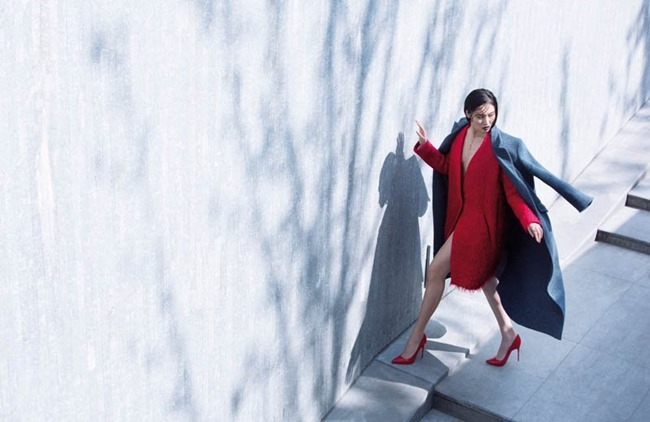 GRAZIA CHINA- Bonnie Chen in Coast on Coat by Stockton Johnson. Yi Guo, Fall 2013, www.imageamplified.com, Image amplified