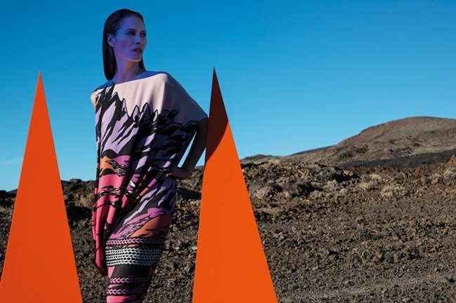 CAMPAIGN- Christy Turlington for Missoni Spring 2014 by Viviane Sassen. www.imageamplified.com, Image amplified (6)