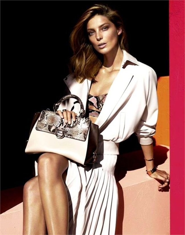 CAMPAIGN- Daria Werbowy for Salvatore Ferragamo Spring 2014 by Mert & Marcus. www.imageamplified.com, Image amplified (1)