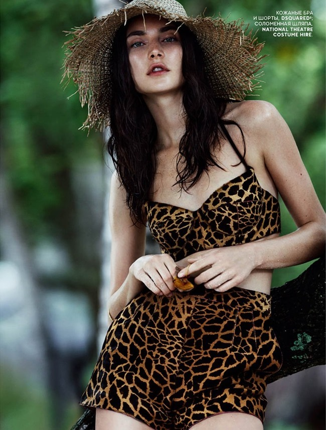 VOGUE RUSSIA- Jacquelyn Jablonski by Emma Temmpest. Camilla Pole, January 2014, www.imageamplified.com, Image Amplified (10)