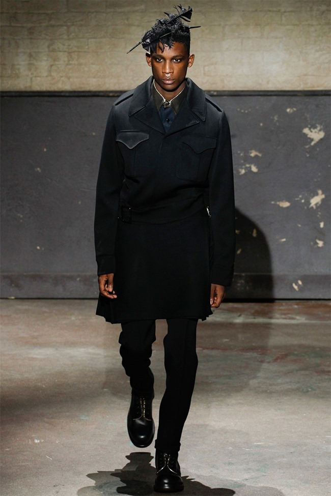 LONDON COLLECTIONS MEN- Al exander McQueen Fall 2014. www.imageamplified.com, Image Amplified (17)