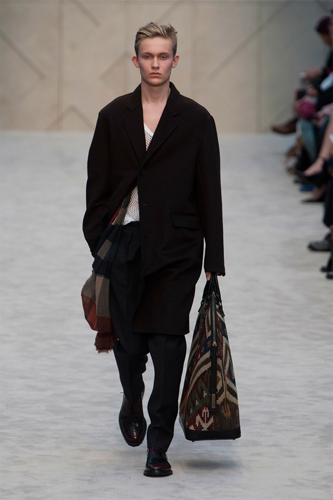 LONDON COLLECTIONS MEN Burberry Prorsum Fall 2014. www.imageamplified.com, Image Amplified (10)