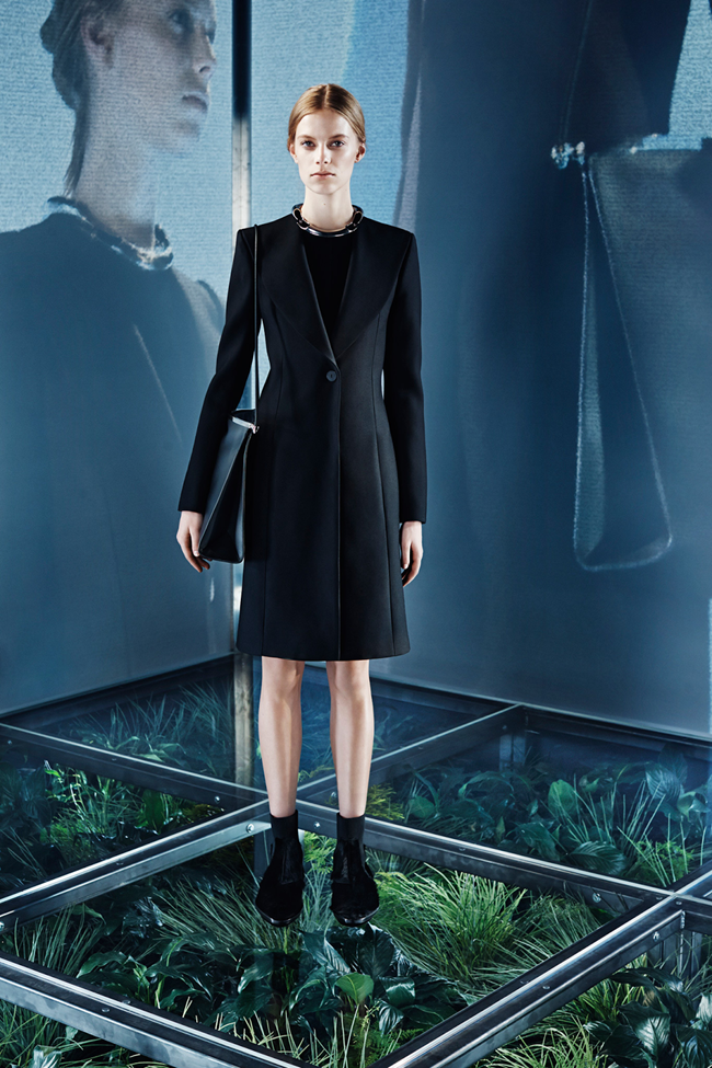 COLLECTION Lexi Boling, Kasia Jujeczka, Zuzu & Anna Ewers for Balenciaga Pre-Fall 2014. www.imageamplified.com, Image amplified (12)