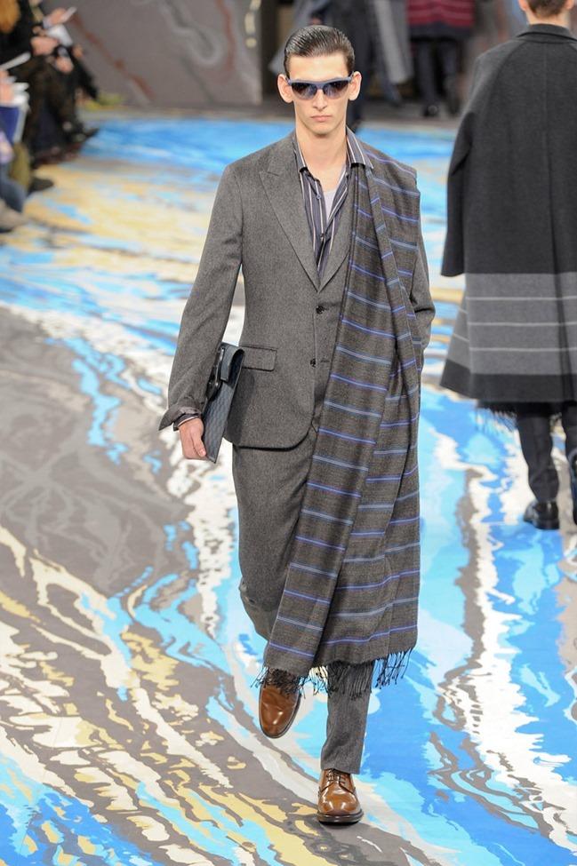 PARIS FASHION WEEK Louis Vuitton Menswear Fall 2014. www.imageamplified.com, Image Amplified (18)