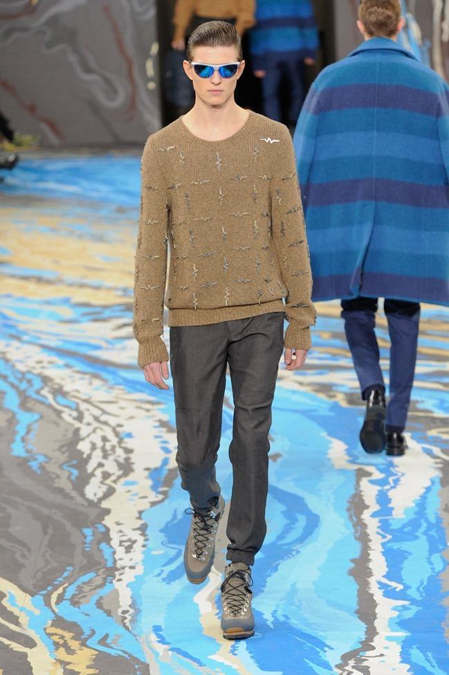 PARIS FASHION WEEK Louis Vuitton Menswear Fall 2014. www.imageamplified.com, Image Amplified (31)
