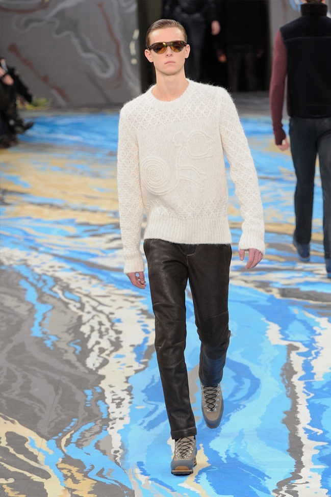 PARIS FASHION WEEK Louis Vuitton Menswear Fall 2014. www.imageamplified.com, Image Amplified (42)