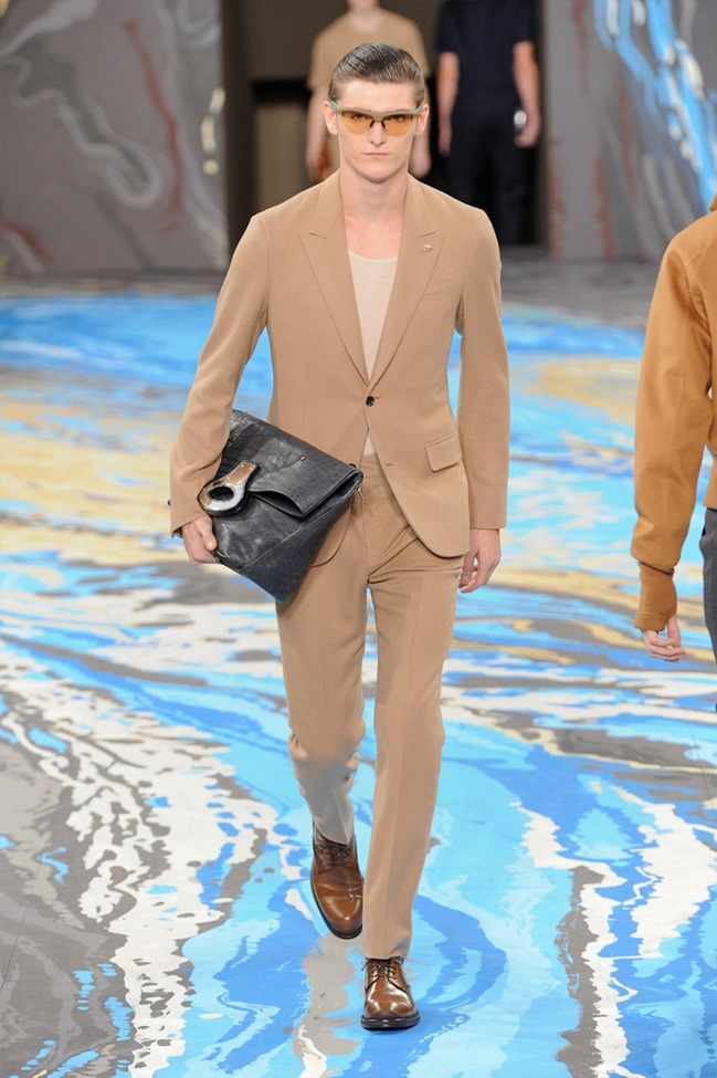 PARIS FASHION WEEK Louis Vuitton Menswear Fall 2014. www.imageamplified.com, Image Amplified (6)