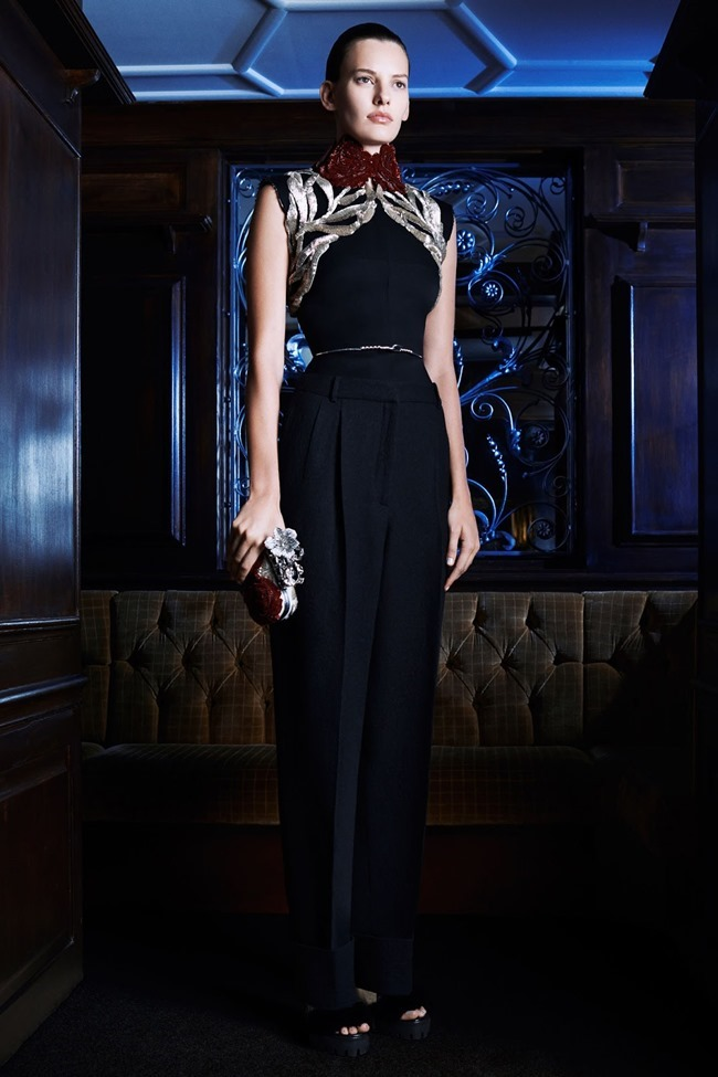 COLLECTION Amanda Murphy for Alexander McQueen Pre-Fall 2014. www.imageamplified.com, Image Amplified (11)