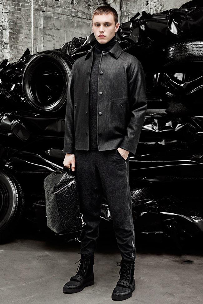 PARIS FASHION WEEK Alexander Weang Menswear Fall 2014. www.imageamplified.com, Image Amplified (4)