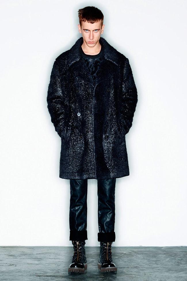 PARIS FASHION WEEK McQ Menswear Fall 2014. www.imageamplified.com, Image Amplified (25)