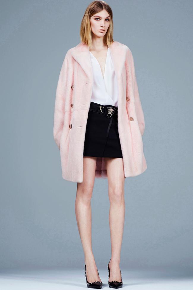 COLLECTION- Irina Nikolaeva for Versace Pre-Fall 2014. www.imageamplified.com, Image Amplified