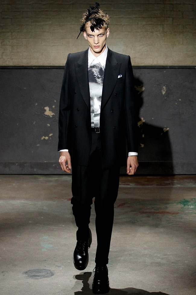 LONDON COLLECTIONS MEN- Alexander McQueen Fall 2014. www.imageamplified.com, Image Amplified
