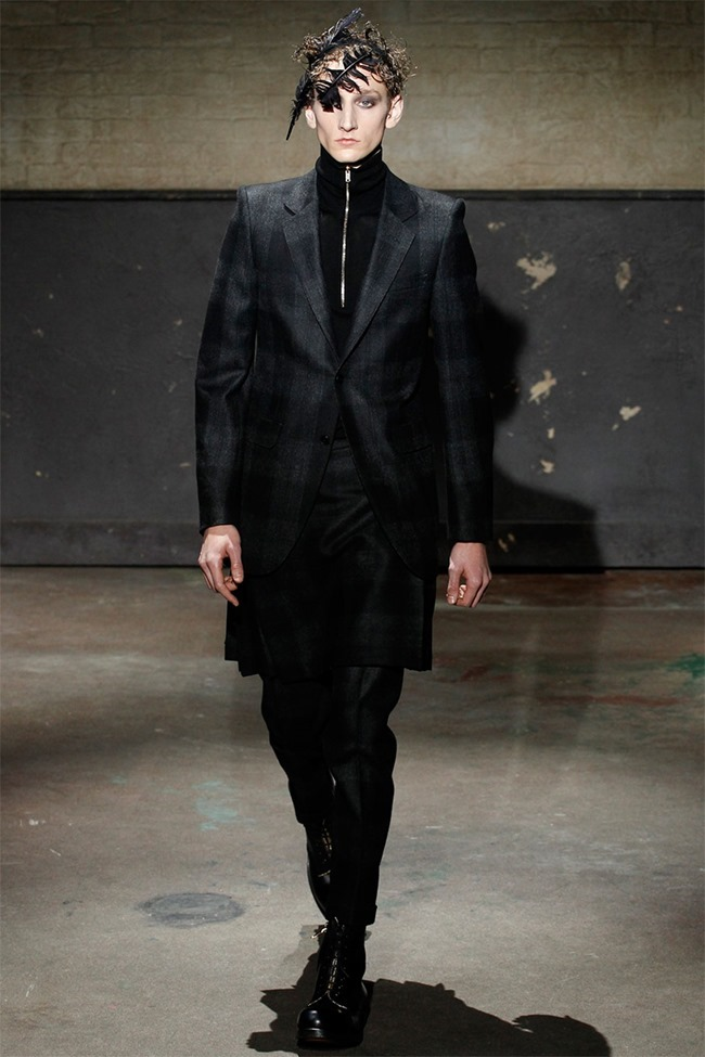 LONDON COLLECTIONS MEN- Alexander McQueen Fall 2014. www.imageamplified.com, Image Amplified (7)
