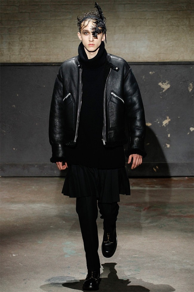 LONDON COLLECTIONS MEN- Alexander McQueen Fall 2014. www.imageamplified.com, Image Amplified (19)