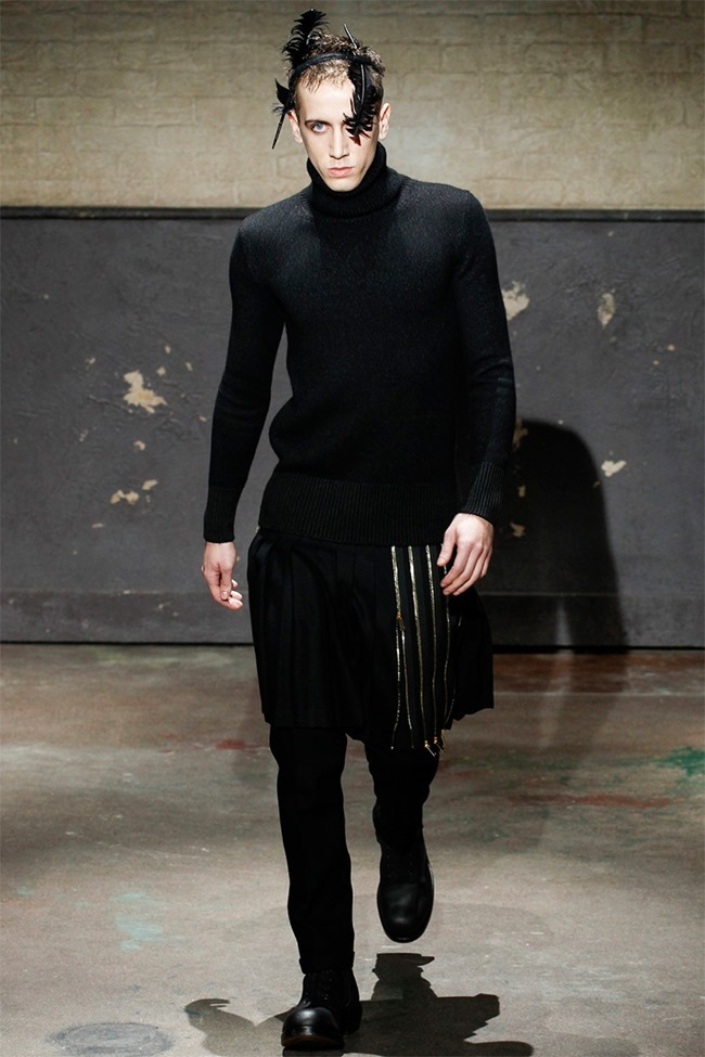 LONDON COLLECTIONS MEN- Alexander McQueen Fall 2014. www.imageamplified.com, Image Amplified (24)