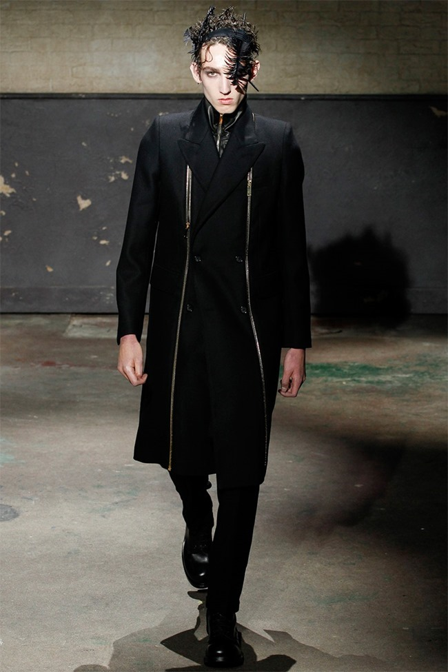 LONDON COLLECTIONS MEN- Alexander McQueen Fall 2014. www.imageamplified.com, Image Amplified (25)