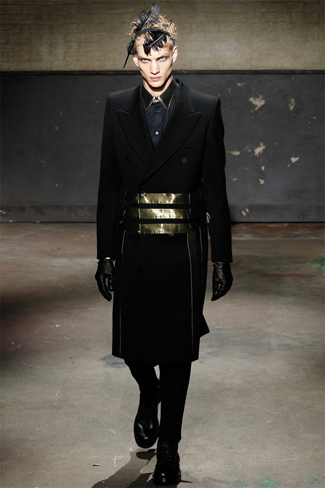 LONDON COLLECTIONS MEN- Alexander McQueen Fall 2014. www.imageamplified.com, Image Amplified (26)