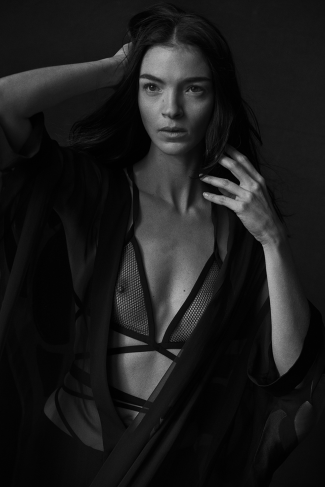 VOGUE ITALIA Mariacarla Boscono by Peter Lindbergh.  Jacob K, January 2014, www.imageamplified.com, Image amplified (5)