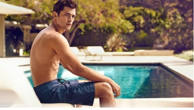H&M MAGAZINE Sean O'Pry in Sunny Getaway for H&M Spring 2014. www.imageamplified.com, Image Amplified (5)