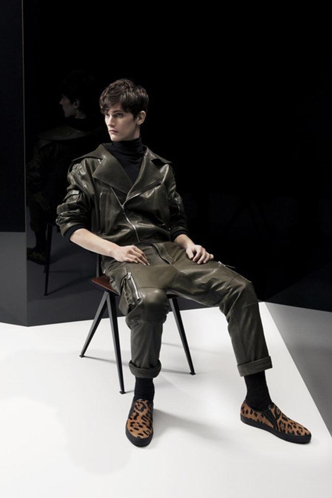 PARIS FASHION WEEK Balmain Menswear Fall 2014. www.imageamplified.com, Image Amplified (3)