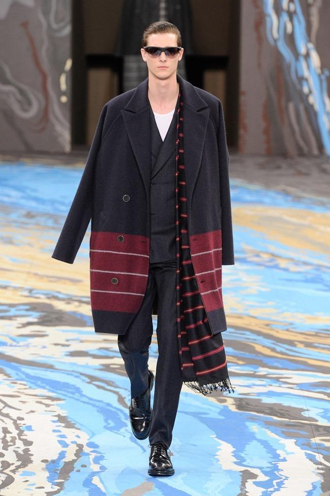 PARIS FASHION WEEK Louis Vuitton Menswear Fall 2014. www.imageamplified.com, Image Amplified (16)