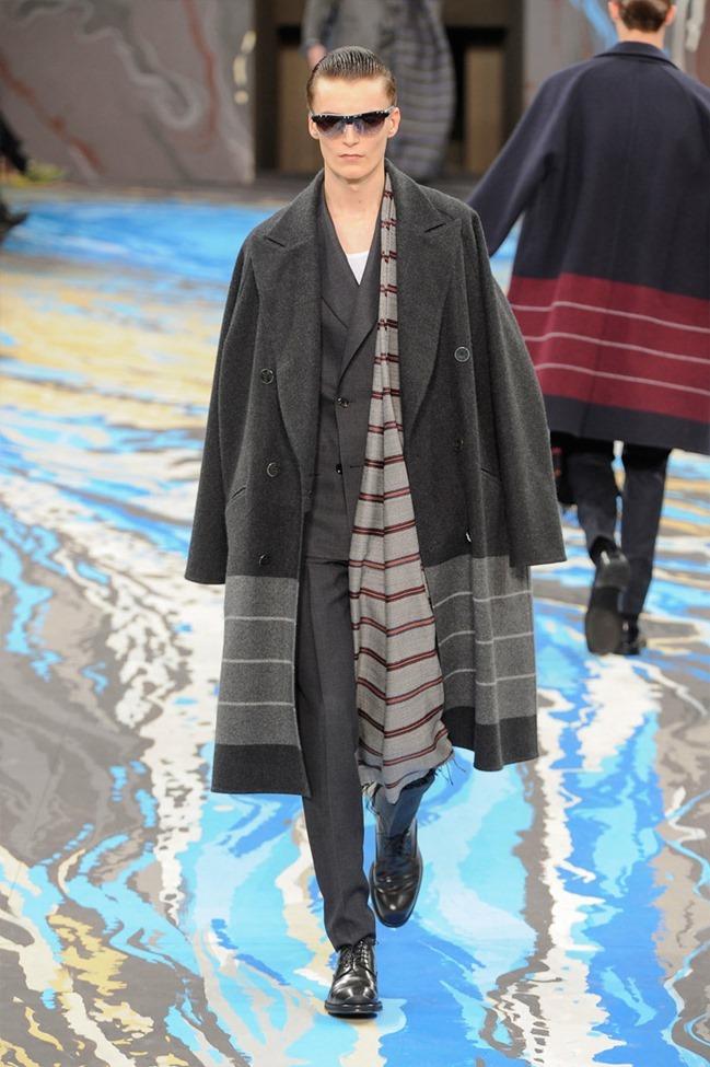 PARIS FASHION WEEK Louis Vuitton Menswear Fall 2014. www.imageamplified.com, Image Amplified (17)