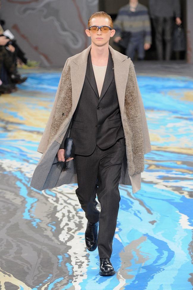 PARIS FASHION WEEK Louis Vuitton Menswear Fall 2014. www.imageamplified.com, Image Amplified (26)