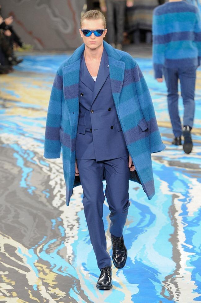 PARIS FASHION WEEK Louis Vuitton Menswear Fall 2014. www.imageamplified.com, Image Amplified (30)