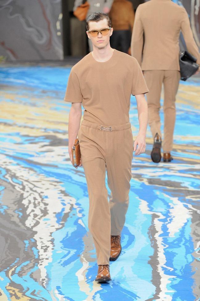 PARIS FASHION WEEK Louis Vuitton Menswear Fall 2014. www.imageamplified.com, Image Amplified (7)