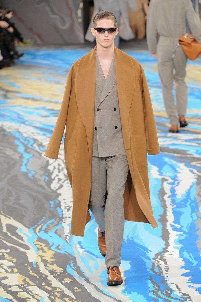 PARIS FASHION WEEK Louis Vuitton Menswear Fall 2014. www.imageamplified.com, Image Amplified (9)
