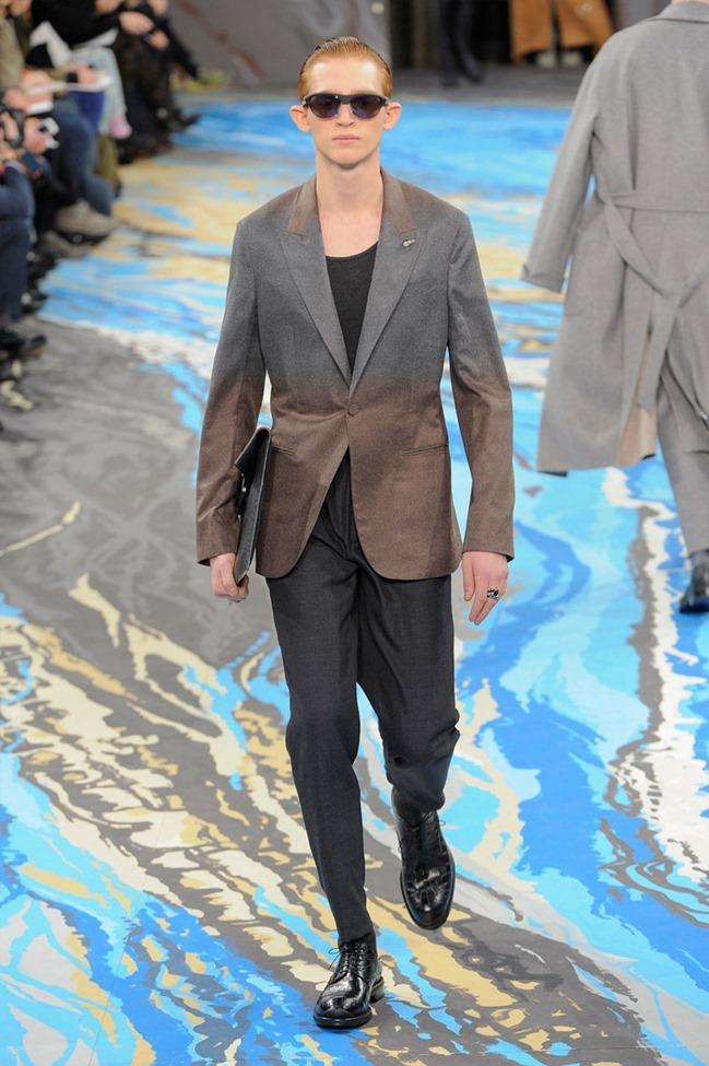 PARIS FASHION WEEK Louis Vuitton Menswear Fall 2014. www.imageamplified.com, Image Amplified (11)